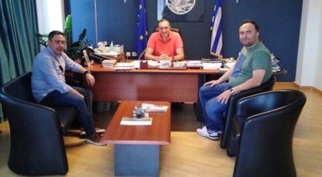 Με το νέο υπεύθυνο λειτουργίας του Κ.Υ. Τυρνάβου συναντήθηκε ο Γιάννης Κόκουρας