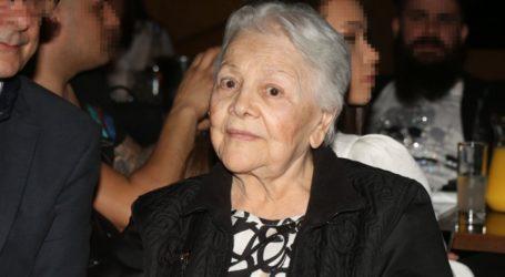 Τα συγκινητικά λόγια της Μαίρης Λίντα μέσα από το Γηροκομείο: «Δεν μπορώ να δω ούτε την κόρη μου»
