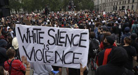 Παγκόσμιο τσουνάμι διαδηλώσεων για τον Φλόιντ