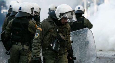 Βόλος: Ένταση και χημικά στα Δικαστήρια – Παραπέμπεται σε δίκη ένας νεαρός