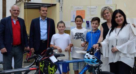 Βραβείο σε μαθητές του 3ου Δημοτικού Σχολείου Λάρισας σε διαγωνισμό ζωγραφικής