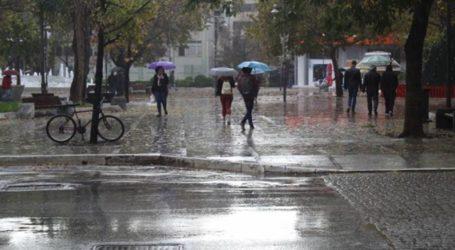 Έκτακτο δελτίο επιδείνωσης καιρού από την Περιφέρεια – Καταιγίδες, ισχυροί άνεμοι και πτώση της θερμοκρασίας
