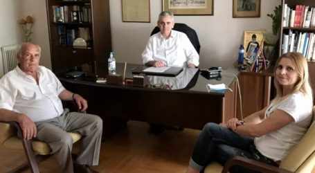 """Χαρακόπουλος με ΔΗΜΤΟ Αγιάς: """"Η κοινωνία εμπιστεύεται την κυβέρνηση της ΝΔ"""""""