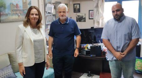 Συνάντηση της Κατερίνας Παπανάτσιου στο Πανεπιστήμιο Θεσσαλίας για την ατμοσφαιρική ρύπανση στην πόλη του Βόλου