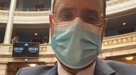 Εισηγητής με μάσκα…