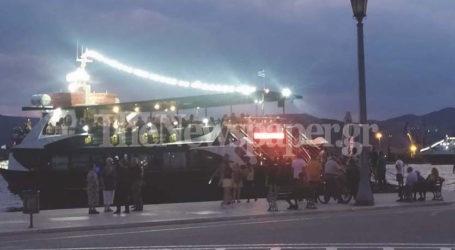 Βόλος: Γεμάτο από κόσμο σαλπάρει το τουριστικό καραβάκι του Παγασητικού – Αλλαγές στα δρομολόγια [εικόνες]