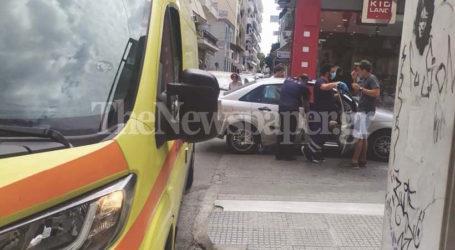 ΤΩΡΑ: Κατέρρευσε άνδρας στο κέντρο του Βόλου – Δείτε εικόνες