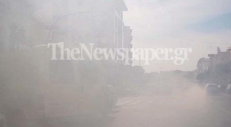 Βόλος: «Πνίγηκε» στο καυσαέριο η οδός Δημητριάδος – Δείτε απίστευτες εικόνες