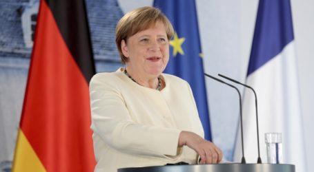 Η Μέρκελ καλεί την ΕΕ να προετοιμαστεί για ένα Brexit χωρίς συμφωνία