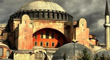 Στον Ερντογάν η απόφαση για το αν θα γίνει τζαμί η Αγία Σοφία