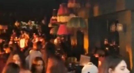 Απίστευτος συνωστισμός σε beach bar στο Λουτράκι