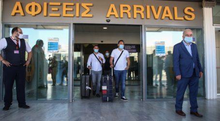 Αρνητικά τα πρώτα 250 τεστ τουριστών στα αεροδρόμια
