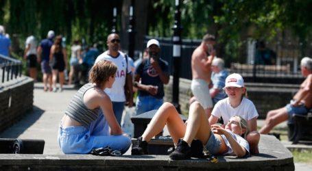Στη «λευκή» λίστα της Βρετανίας τελικά η Ελλάδα