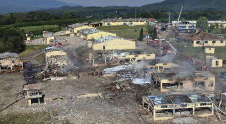 Τουλάχιστον τέσσερις νεκροί και 97 τραυματίες από την έκρηξη σε εργοστάσιο πυροτεχνημάτων