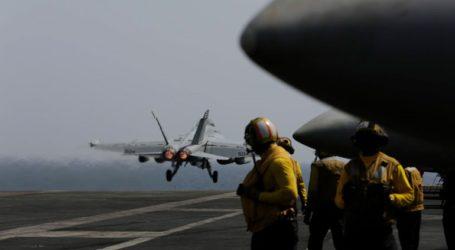 Αμερικανικά αεροπλανοφόρα στη Νότια Σινική Θάλασσα κατά τη διάρκεια κινεζικών στρατιωτικών ασκήσεων