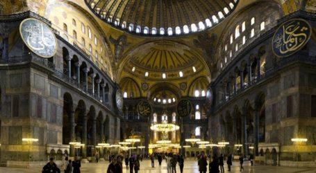 Τη μετατροπή της Αγίας Σοφίας σε τζαμί υπαγορεύουν τα τουρκικά ΜΜΕ, πριν την επίσημη απόφαση