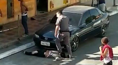 σοκ: Αστυνομικός ποδοπατά στο λαιμό μαύρη γυναίκα στη Βραζιλία
