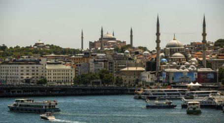 Η Αγία Σοφία θα είναι ανοιχτή για τους επισκέπτες εκτός των ωρών μουσουλμανικής προσευχής