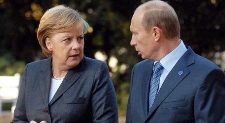 Ρωσία: Μέρκελ και Πούτιν συζήτησαν για την Ουκρανία, το Ιράν και τη Λιβύη