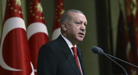 Ο Ερντογάν υποστηρίζει πως οι ενέργειες του Καΐρου στη Λιβύη είναι παράνομες