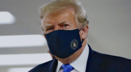 Τραμπ: Πατριωτικό να φοράμε μάσκα