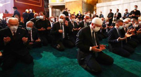 Παρέμβαση του ελληνικού ΥΠΕΞ για το σόου Ερντογάν στην Αγία Σοφία