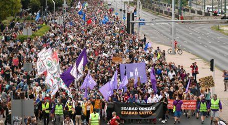 Διαδηλώσεις υπέρ της ελευθερίας των μέσων ενημέρωσης