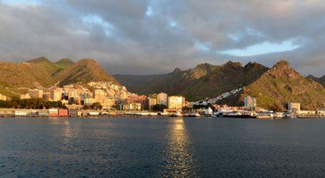 Η Ισπανία προσπαθεί να πείσει τη Βρετανία να εξαιρέσει τις Βαλεαρίδες και τις Κανάριους Νήσους από την καραντίνα