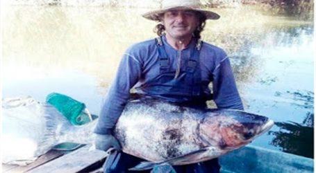 Έπιασε ψάρι βάρους 40 κιλών στην λίμνη των Ιωαννίνων!