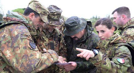 Ο Στρατός θα αναλάβει την φύλαξη των κέντρων παραμονής μεταναστών
