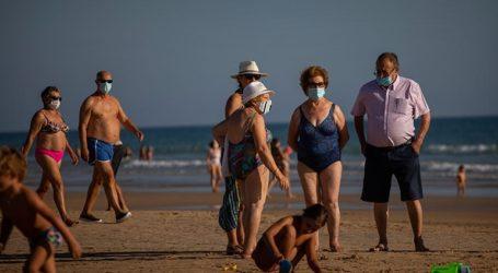 Υποχρεωτική η χρήση μάσκας σε όλους τους χώρους στη Μαδρίτη