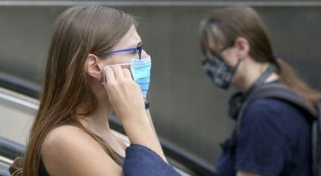 Η ολλανδική κυβέρνηση δεν συστήνει στους πολίτες να φορούν μάσκα