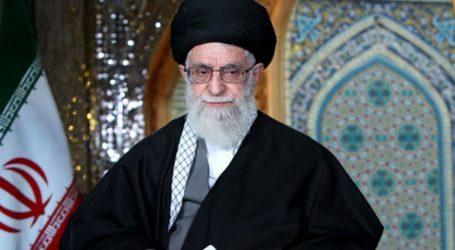 Ο αγιατολάχ Αλί Χαμενεΐ απορρίπτει τις συνομιλίες με τις ΗΠΑ για το πυραυλικό πρόγραμμα