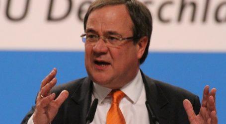 «Δεν θα αφήσουμε μόνη την Ελλάδα», τονίζει ο πρωθυπουργός Βόρειας Ρηνανίας