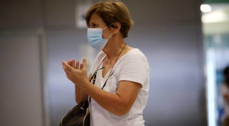 Υποχρεωτική η μάσκα από αύριο σε ΔΕΚΟ, τράπεζες, καταστήματα