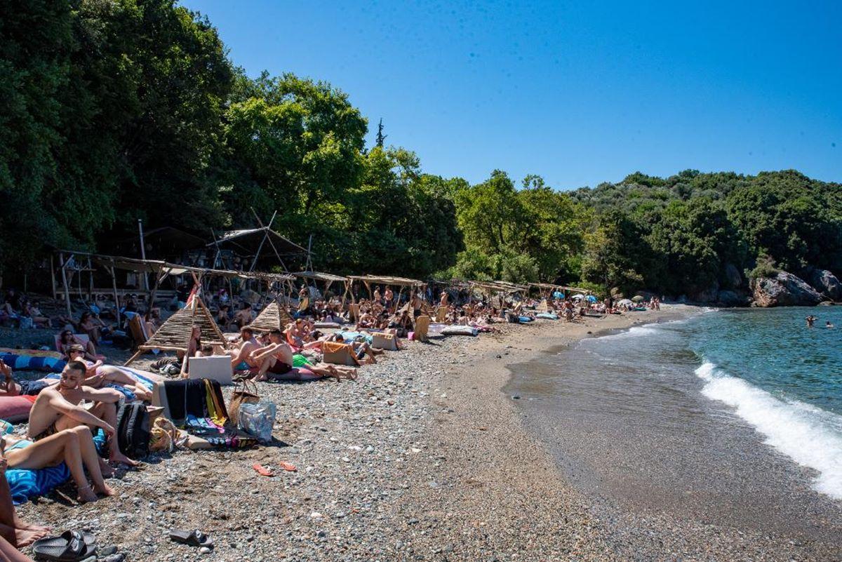 Λάρισα: Αυτή η …κρυφή «μαγική» παραλία είναι το νέο hot spot της νεολαίας – Από άγνωστη έγινε trendy (φωτο – βίντεο)