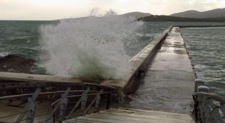 Ισχυρές καταιγίδες και χαλάζι στη Μαγνησία «βλέπει» το Λιμεναρχείο Βόλου