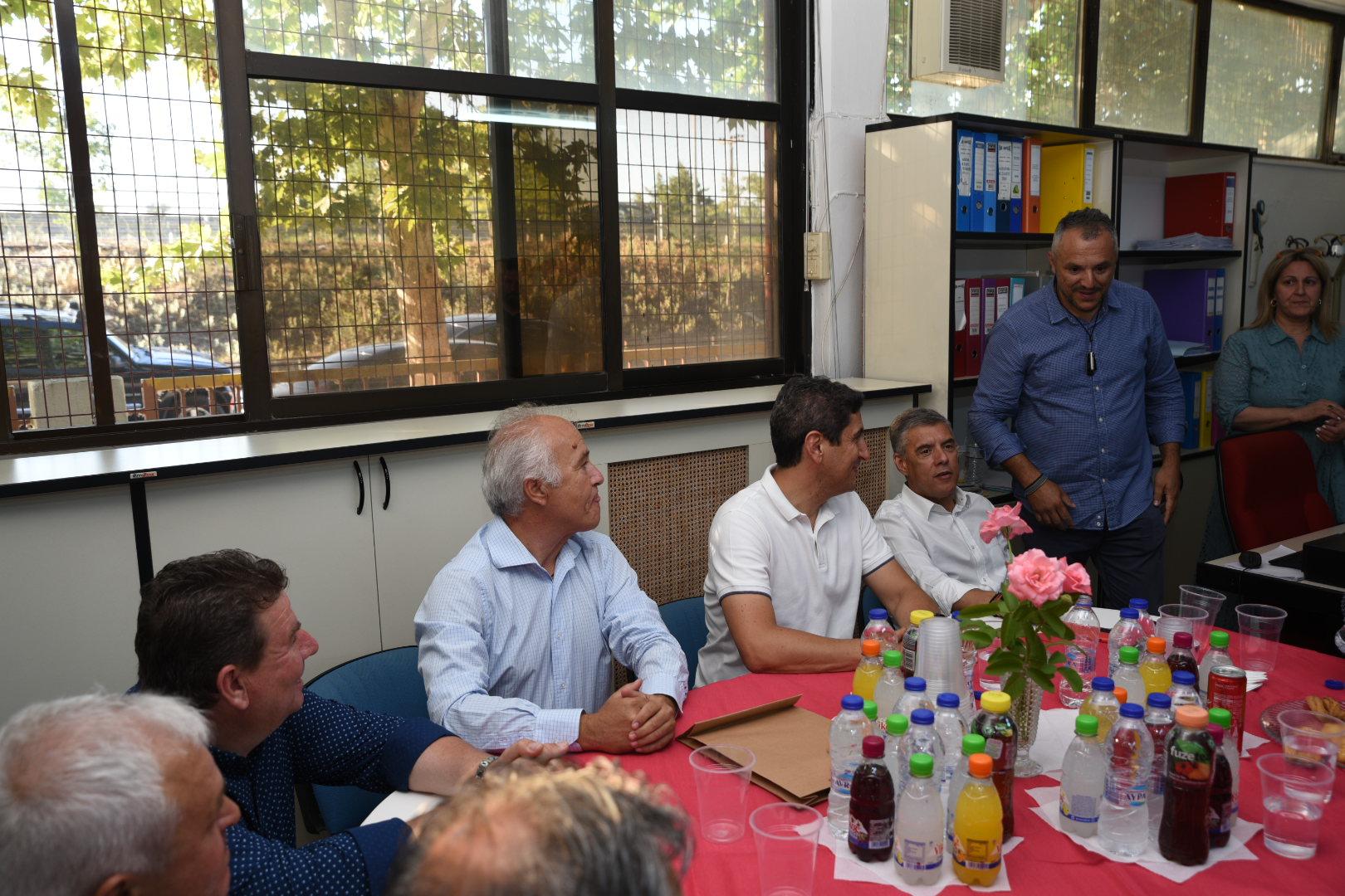 Στο ΕΑΚ Λάρισας ο Λευτέρης Αυγενάκης (φωτο)