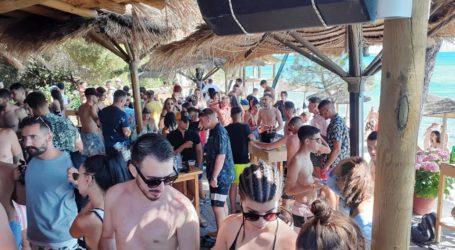 Αποστολή στη Σκιάθο: Έτσι διασκεδάζουν στο Porto Paradiso – Δείτε εικόνες