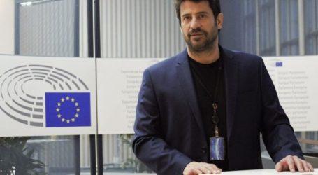 Ερώτηση Γεωργούλη προς την Επιτροπή για την επαναφορά της αναγραφής της διαγωγής στους τίτλους σπουδών