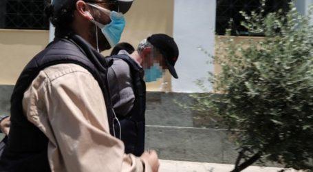 Νέες καταγγελίες για το ψευτογιατρό του Βόλου – Πώς εξαπατούσε τα θύματά του
