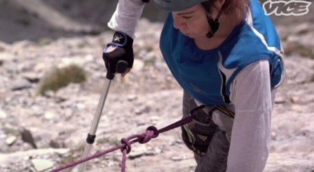 Μέχρι την κορυφή του Ολύμπου – Η ανάβαση στον Μύτικα από μία αγωνίστρια της ζωής (βίντεο)