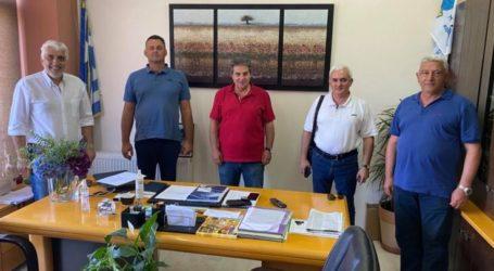 Επίσκεψη της γραμματείας Αγροτικού του ΣΥΡΙΖΑ Λάρισας στον Δήμαρχο Φαρσάλων