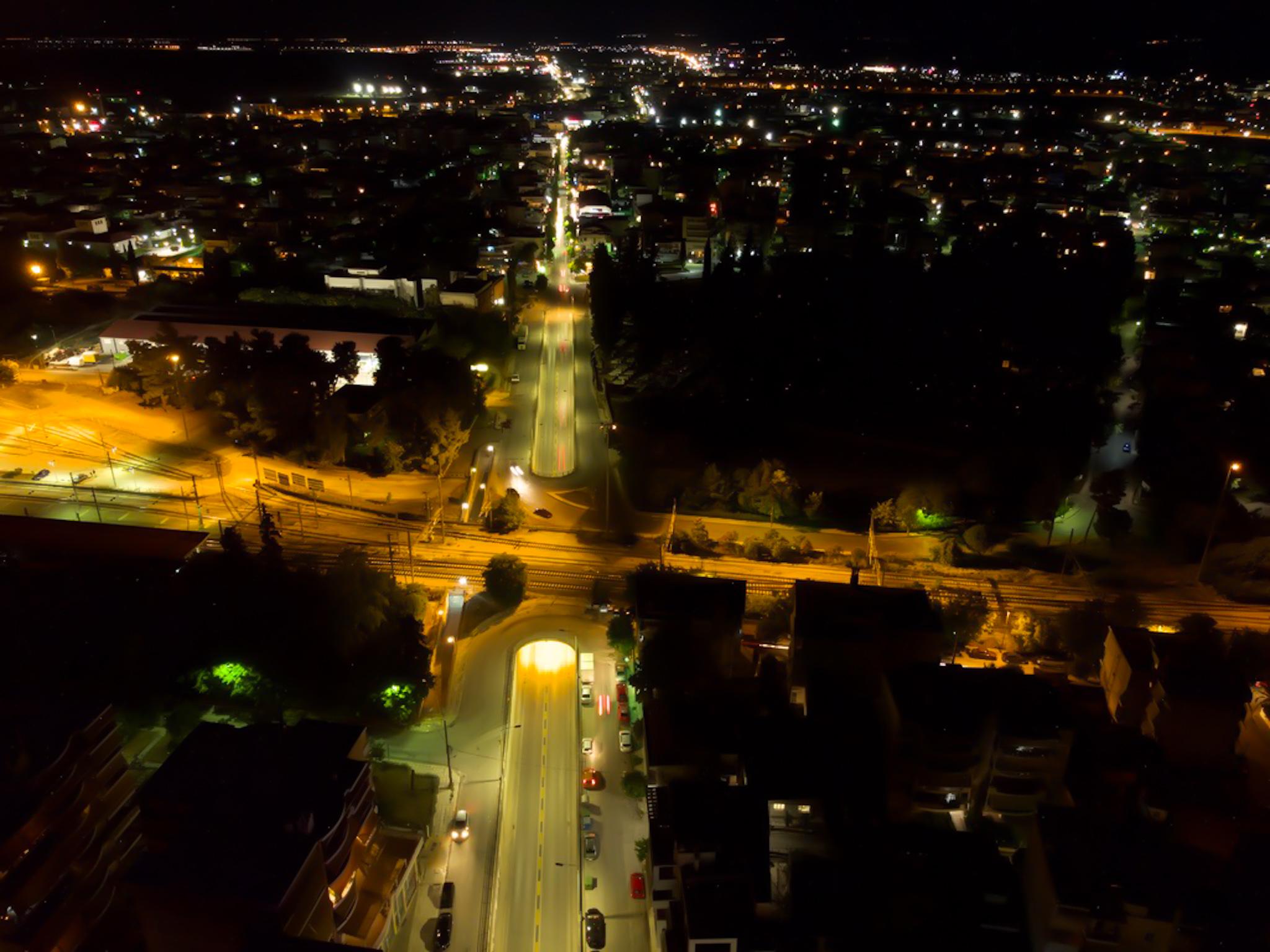 Εκθαμβωτική η νυχτερινή Λάρισα από ψηλά - Δείτε εντυπωσιακές εικόνες