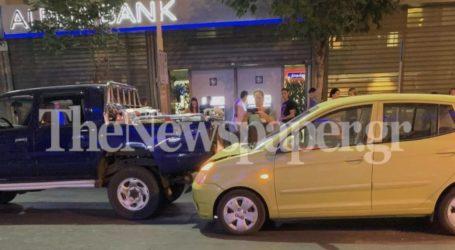 Τροχαίο ατύχημα στο κέντρο του Βόλου – Δείτε εικόνες