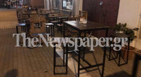 Βόλος: Περισσότεροι από 200 έλεγχοι της Αστυνομίας για ανοιχτά μπαρ – Τι διαπίστωσε
