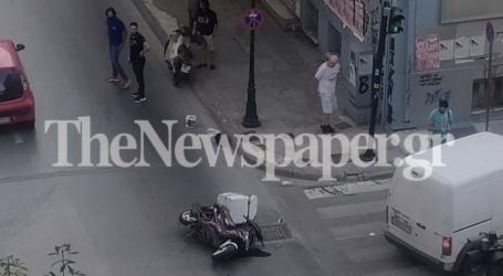 ΤΩΡΑ: Τροχαίο ατύχημα στο κέντρο του Βόλου – Δείτε εικόνες