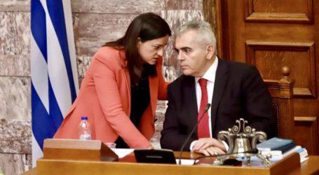 Παρέμβαση Χαρακόπουλου σε Κεραμέως για κατάργηση τμημάτων σε 7 Λύκεια του νομού