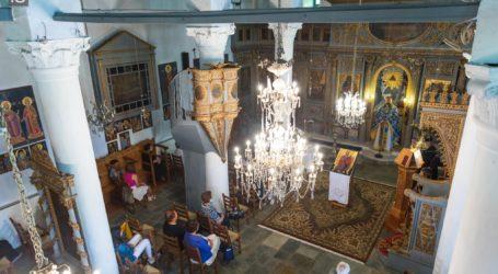 Κυριακάτικος εκκλησιασμός στη Βυζίτσα – Δείτε εικόνες