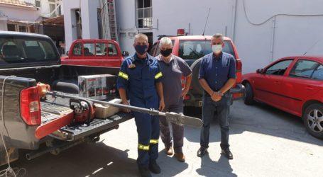 Προσφορά εξοπλισμού για τους πυροσβέστες από τον Δήμο Ζαγοράς – Μουρεσίου